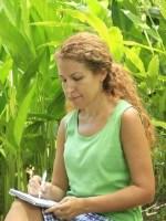 LI VASQUEZ-NOONE, Editorial & Content Coordinator for Barefoot Writer Magazine