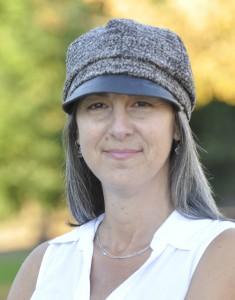 Barefoot Writer Kara Metlen